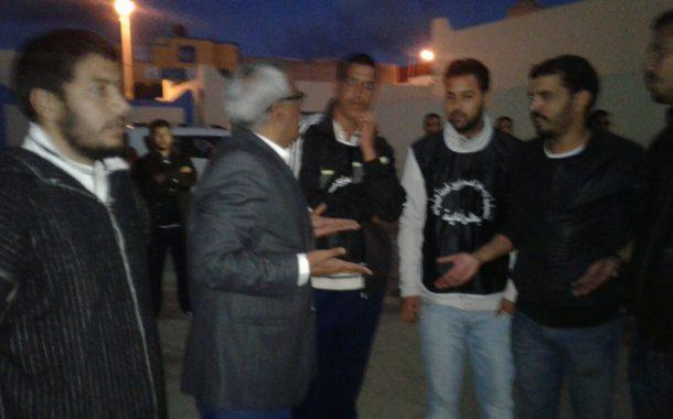 طرفاية: رئيس المجلس الجماعي يفتح الحوار مع معطلي شباب طرفاية حاملي الشواهد .
